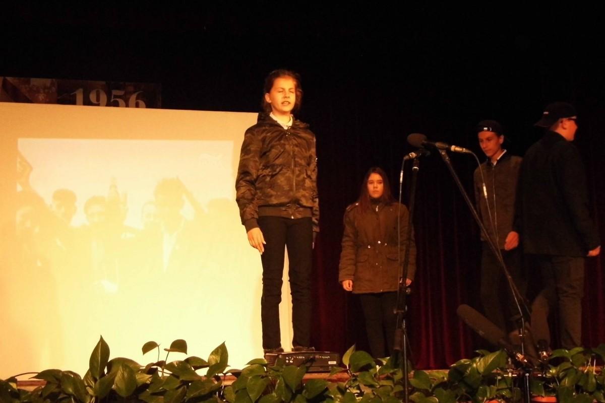 Bagfalu, Bag | Az 56-os forradalom - megemlékezés Bagon a Dózsa György Művelődési Házban
