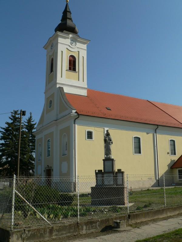 Bagfalu, Bag | Bagi Római katolikus templom